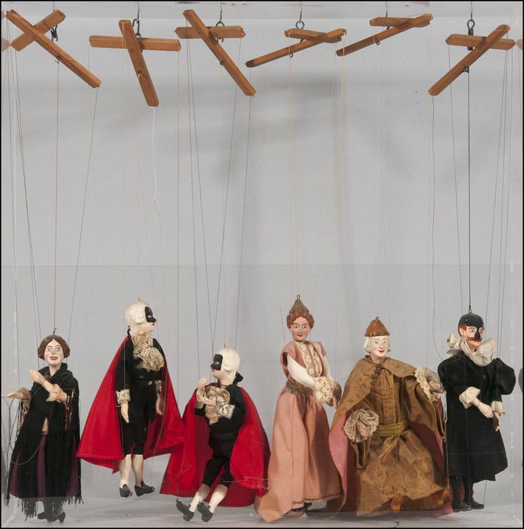 Achttiende eeuwse Franse marionetten uit de collectie van Deth. Foto: Radboud Kuypers.